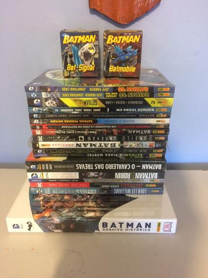 Batman 18 Edições Capa Dura + Miniatura Batmóvel E Batsinal