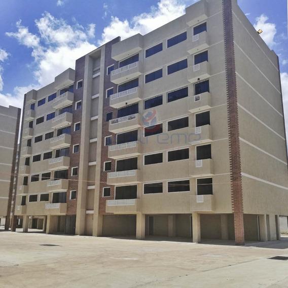 Apartamento Palmeras Ii Puerto Ordaz En Venta, Av. Atlántico