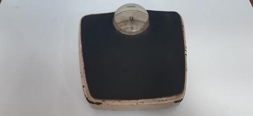 Balança Antiga De Ferro Peso Corporal Krups (only  Wood)