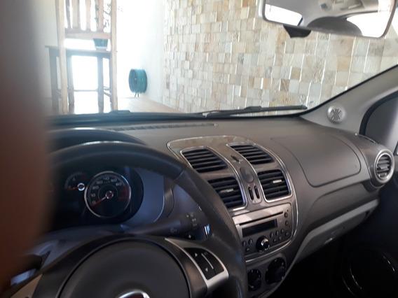 Fiat Grand Siena 1.6 16v Essence Flex Dualogic 4p 2014