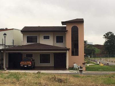 Se Vende Casa En Condominio Hacienda El Coyol, Alajuela