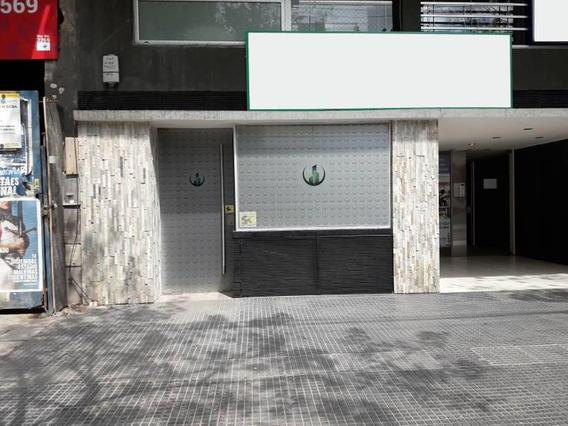 Venta De Local En Villa Crespo Muy Amplio A Estrenar Y Luminoso