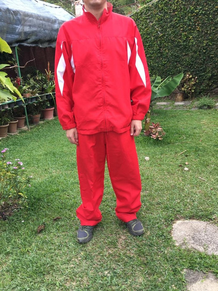 Conjunto Deportivo Para Caballero Marca: Wilson. Talla G/l