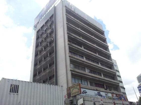 Oficina En Alquiler Patricia Colinas Bello Monte Mls #20-979