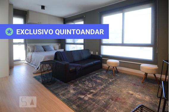 Apartamento No 4º Andar Mobiliado Com 1 Dormitório E 1 Garagem - Id: 892982012 - 282012