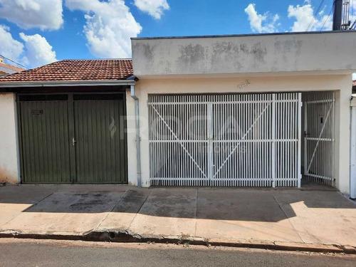 Venda De Casas / Padrão  Na Cidade De São Carlos 29073