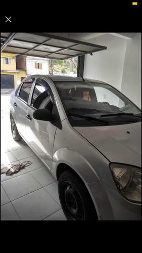 Imagem 1 de 9 de Ford Fiesta 2006 1.6 Flex 5p