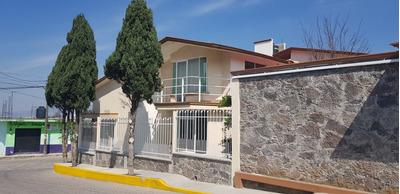 Casa Tipo Residencial 4 Recamaras , C . De Lavado . 420 Mts.