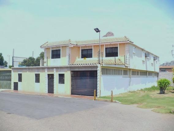 Vendo Amplia Y Comoda Casa Zona Norte Maracaibo