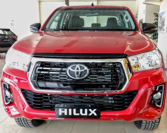 Toyota Hilux Sr 4x4 6 M/t