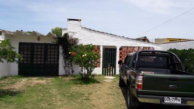 Casa 2 Dorm En Peatonal Atrás Del Hotel Cabo De Santa María