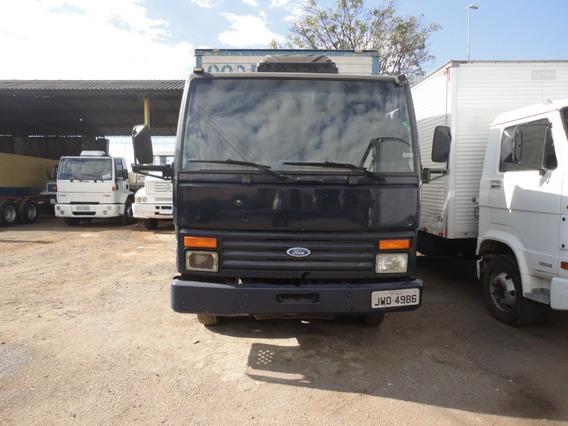 Ford Cargo 814 Ano 1997 Baú