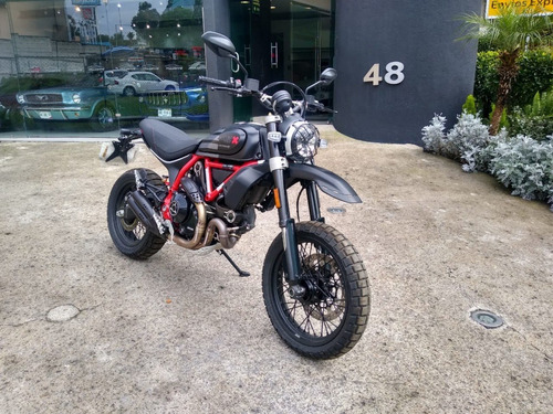 Imagen 1 de 10 de Ducati Scrambler 800 Fasthouse 2021