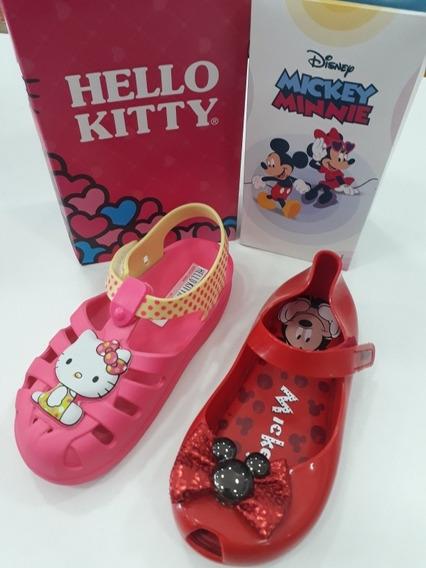 Kit Sandálias Hello Kitty + Minnie Infantil Feminina