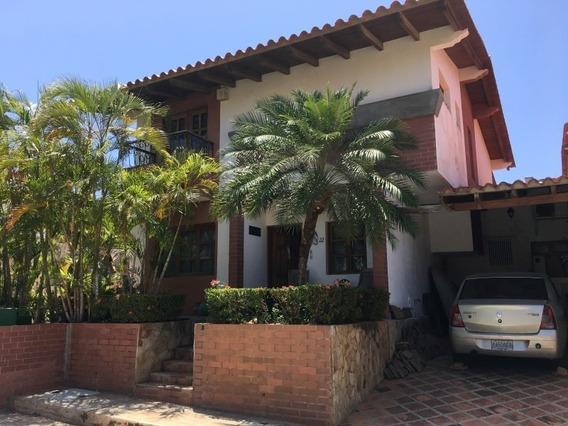 Casa Colinas Del Paraiso - Pampatar