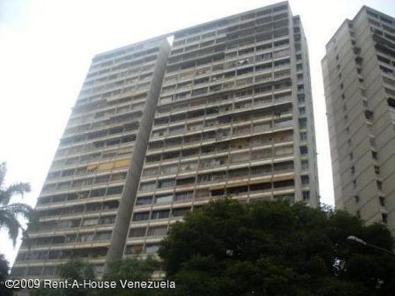 Apart. En Venta Bello Monte / Adriana Reyes / 19-5455