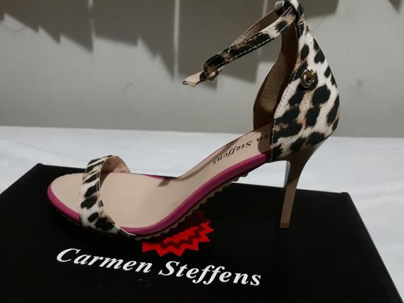 Carmen Steffens 37