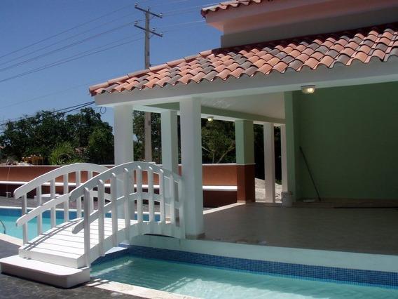 Apartamento En Residencial Costa Bavaro- Punta Cana