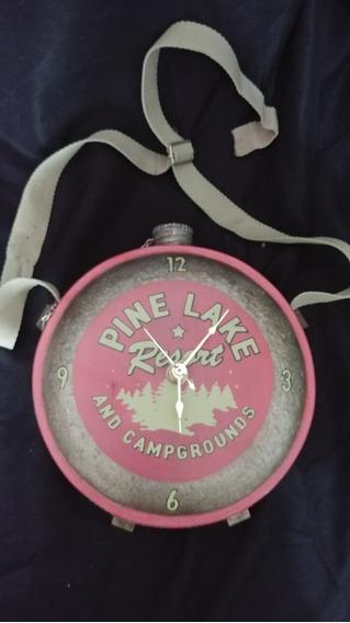 Reloj Vintage Cantimplora Pine Lake