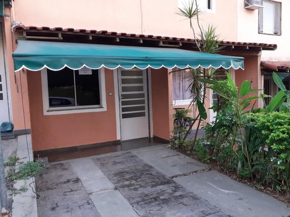 Casa Duplex Com Suite Em Condominio Fechado