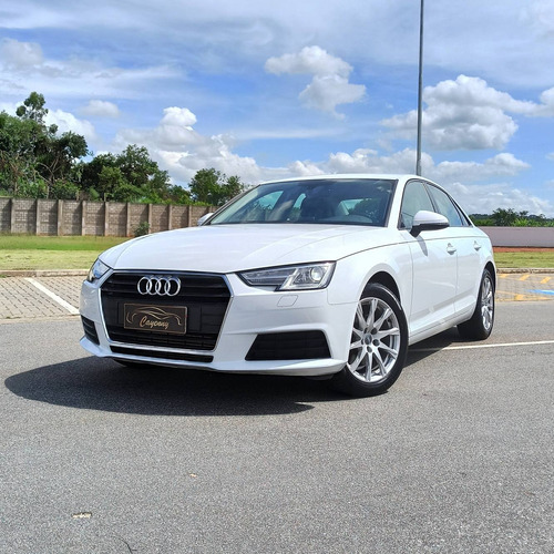 Audi A4 2017 2.0 Tfsi Attraction S-tronic 4p