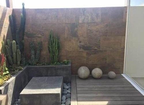 Se Vende Casa En Juriquilla Santa Fe Privada Con Alberca