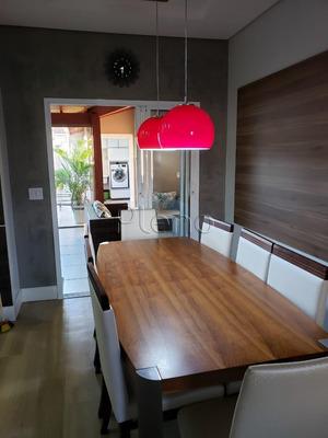 Casa À Venda Em Parque Jambeiro - Ca013805