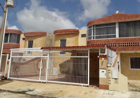 Townhouse En Venta Chichiriviche,falcon A Gallardo