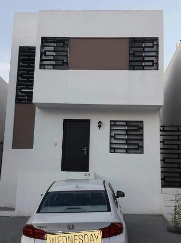 Casa Renta En Balcones De Las Mitras, Completamente Equipada.