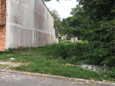 Lote De 200mts Cuadrados En Villavicencio, Salida A Bogotá
