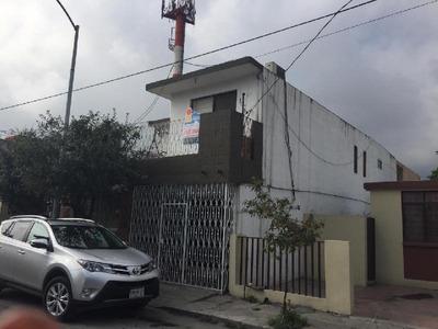 Casa En Venta Con Departamento Independiente Col.valle Verde Salidas A Rangel Frias Y Hospitales