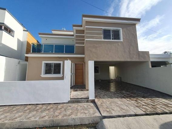 Vendo Casa En Construccion En El Km 14 Autopista Duarte