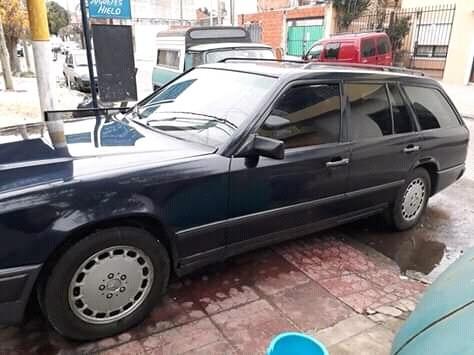 Mercedes Benz Rural 230 Se Año 1986