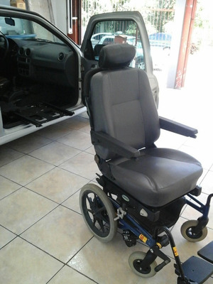 Gol1.0 8v Com Banco Giratório Para Deficiente Cadeirante