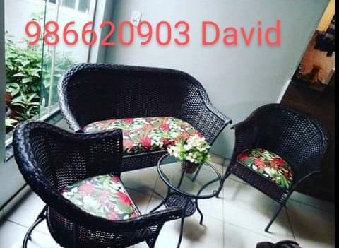 Imagem 1 de 4 de Cadeiras De Balanço E Kit Jardim