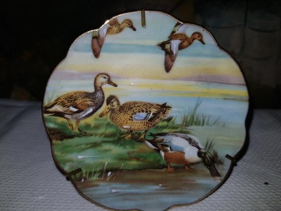 Plato En Porcelana De Limoges, Miniatura, Patos En Laguna