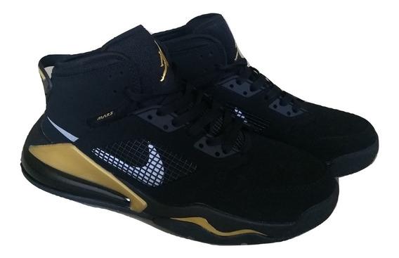Kp3 Botas Caballeros Nike Air Jordan Mars 270 Negro Dorado