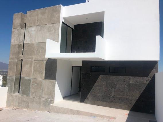 Venta Casa Nueva, Zibata, Fracc. Jade, Querétaro