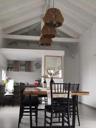 Imagen 1 de 17 de Vendo Casa 3 Dor. En Country Valle Del Golf. (con Renta Actualmente)