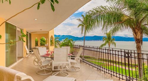 Imagen 1 de 9 de Condo Frente A La Playa, Marina Vallarta $1,085,000 Usd