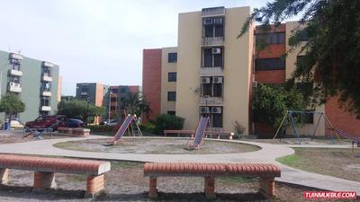 Apartamentos En Alquiler 04166467687
