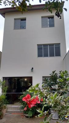 Amplo Sobrado Com Jardim E Home-office
