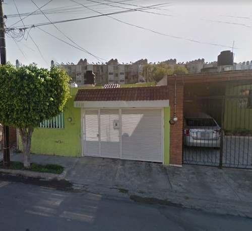 Bonita Casa En Oblatos Cerca De Clínica 110 Imss