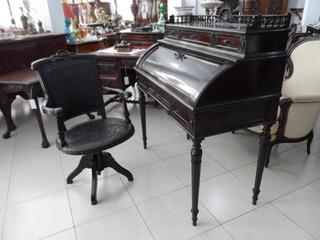 Antiga Bureau - Escrivaninha - Toda Original.