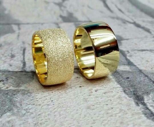 Par De Alianças De Ouro 18 K