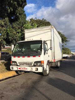 Camion Isuzu Americano Con Cajon De 6 Mts.
