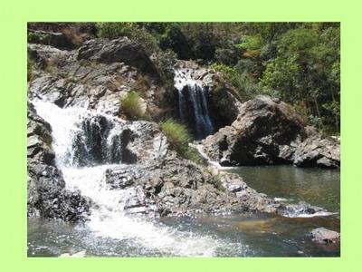 Fazenda De 385 Hectares Varias Cachoeiras Em Delfinopolis-mg