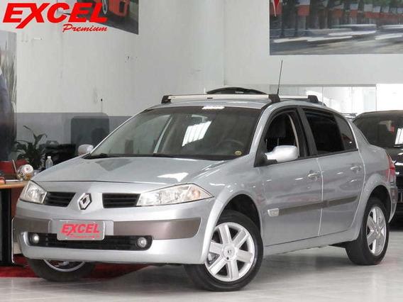 Renault Megane Sedan Dynamique 2.0 16v 4p