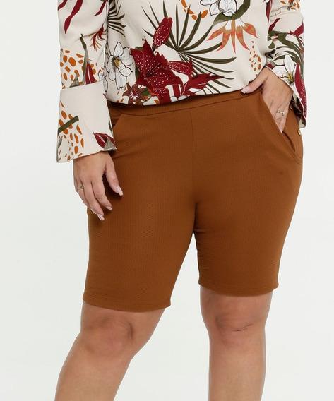 Bermuda Feminina Textura Botões Plus Size