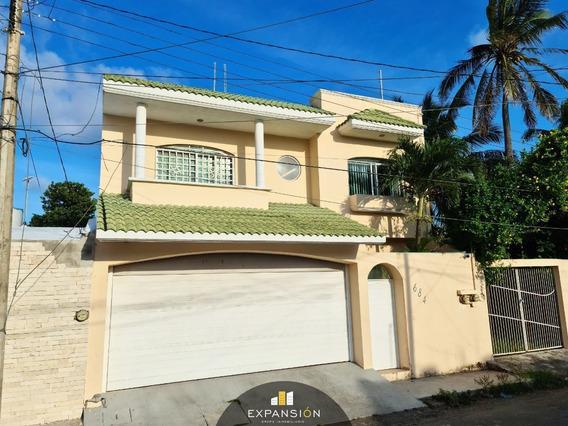Casa De 3 Habitaciones + Estancia A 5 Minutos De Plaza Mocambo